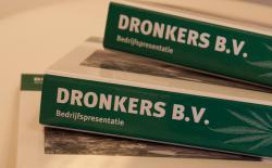 Presentation folders of Dronkers BV.